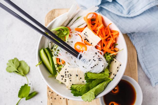 Салат из тофу с морковью