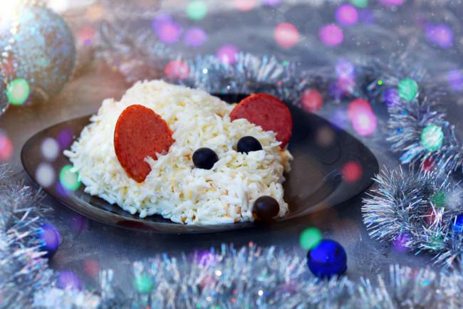 Салат в виде Крысы на Новый год
