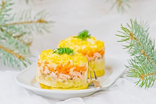 """Салат """"Мимоза"""" на Новый год"""