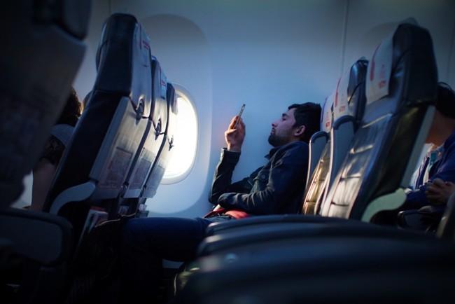 Стюардеси розповіли, як заспокоїтися під час перельоту Фото: Javier Cañada / Unsplash