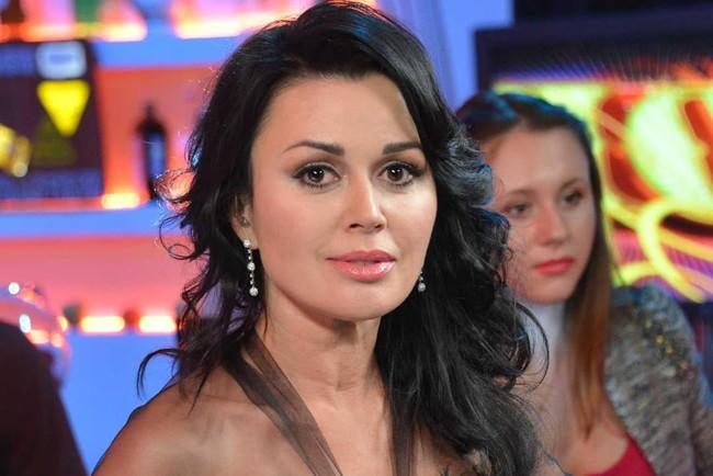 Акторка Анастасія Заворотнюк