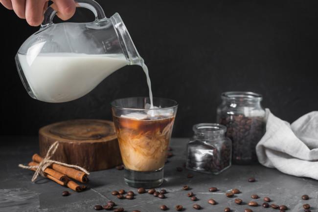 Кофе с молоком полезен не всем