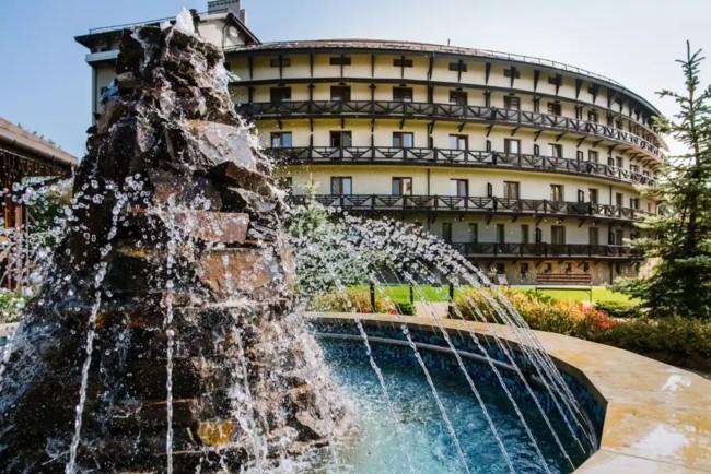 Трускавець визнаний одним з кращих бюджетних курортів Фото: Chalegraal