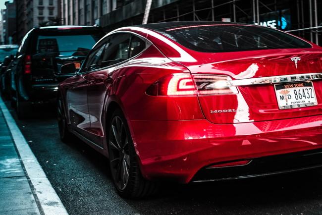 Американская автомобильная ассоциация развеяла мифы относительно электромобилей