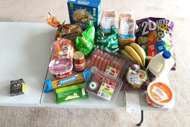 Эти продукты можно купить в Австралии вместо одной пачки сигарет Фото: facebook.com/judy.kerrison