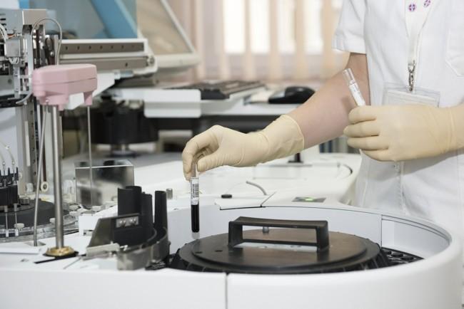 Американские ученые запустили вакцину от коронавируса в тестовое производство
