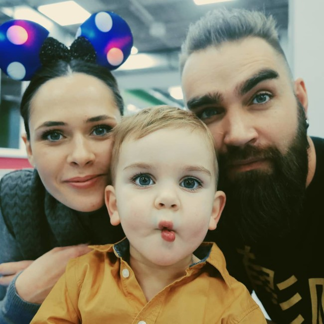 Юлия Санина и Валерий Бебко с их сыном Даней