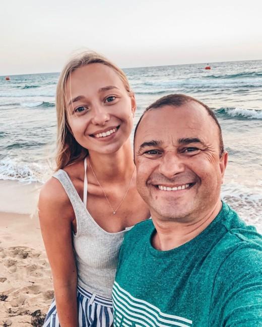 Виктор Павлик с невестой Екатериной Репяховой