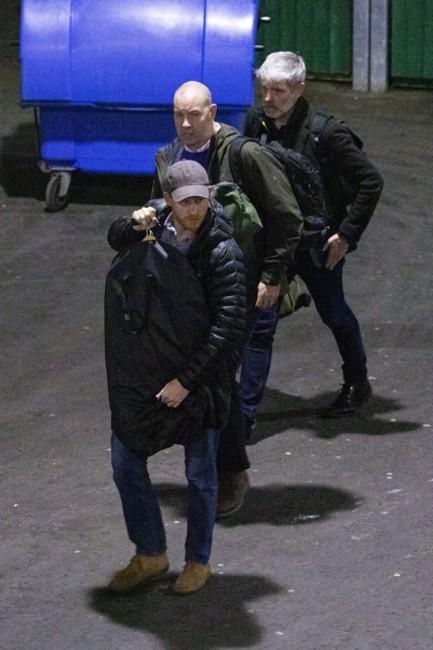 Принц Гарри в аэропорту