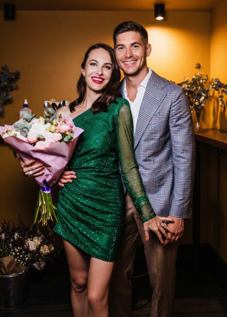 Телеведущий Владимир Остапчук с девушкой Кристиной