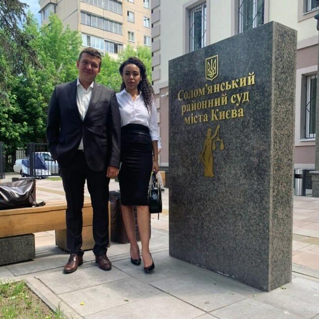 Перше засідання суду: екс-дружина репера Серьоги висунула нові звинувачення
