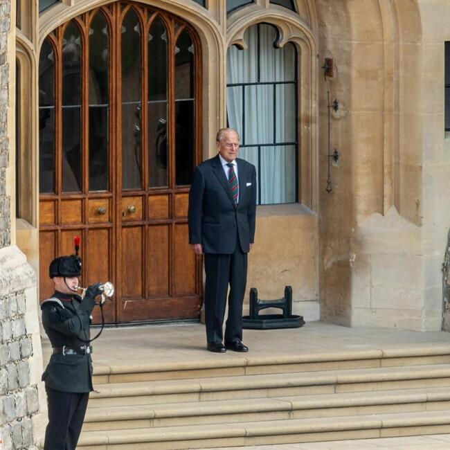 99-річний принц Філіп вперше за довгий час з'явився на публіці: фото