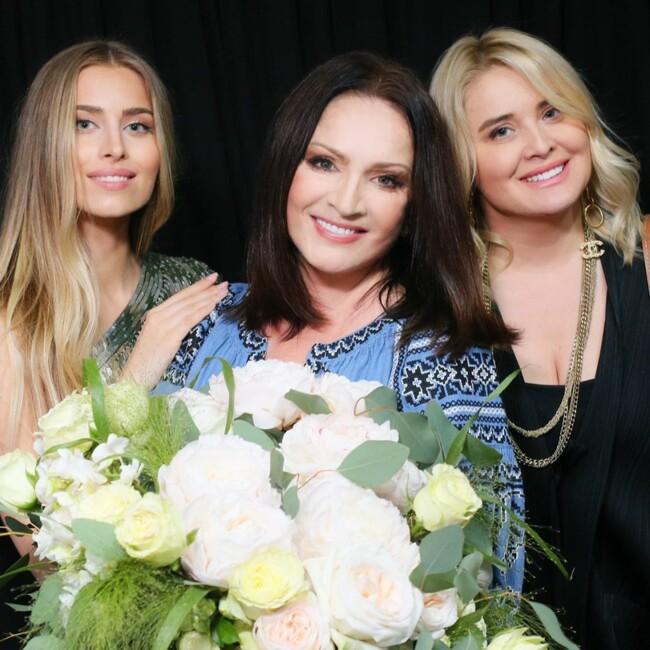 София Ротару с внучкой Соней и невесткой Светланой