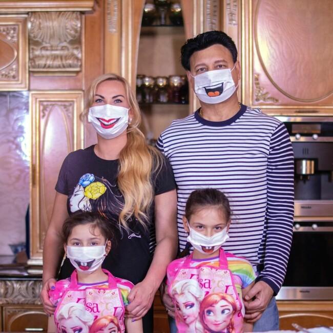 Камалия и вся ее семья заболели коронавирус