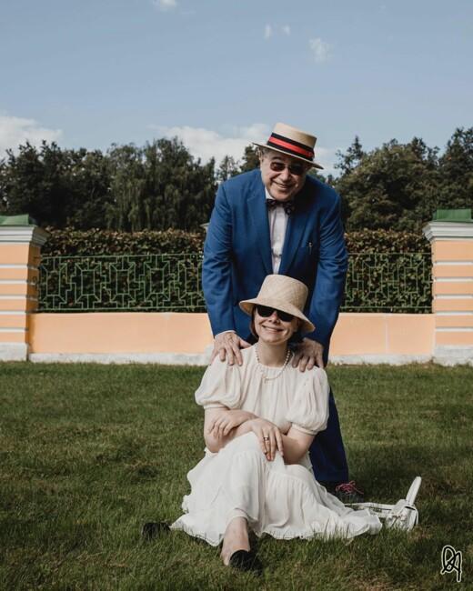 75-летний Евгений Петросян впервые показал маленького сына от молодой жены