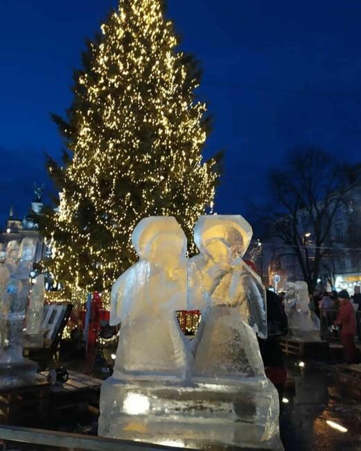 Ледовые скульптуры во Львове