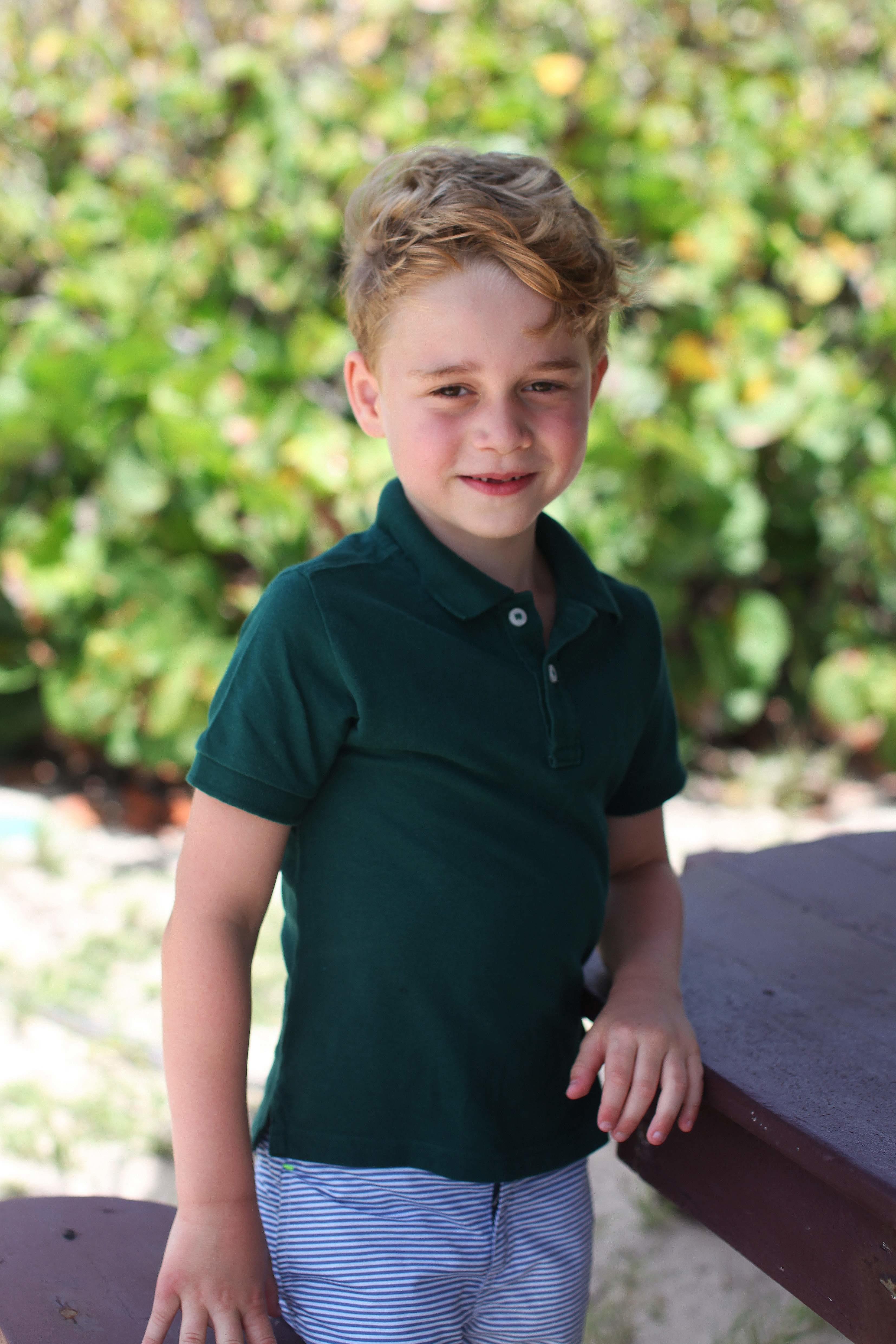 Принцу Джорджу - 6: Кейт Міддлтон показала нові фото хлопчика
