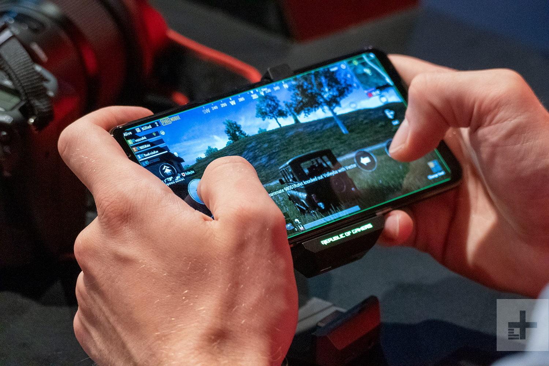 ASUS ROG Phone II выдерживает до 7 часов непрерывной игры в PUBG Mobile