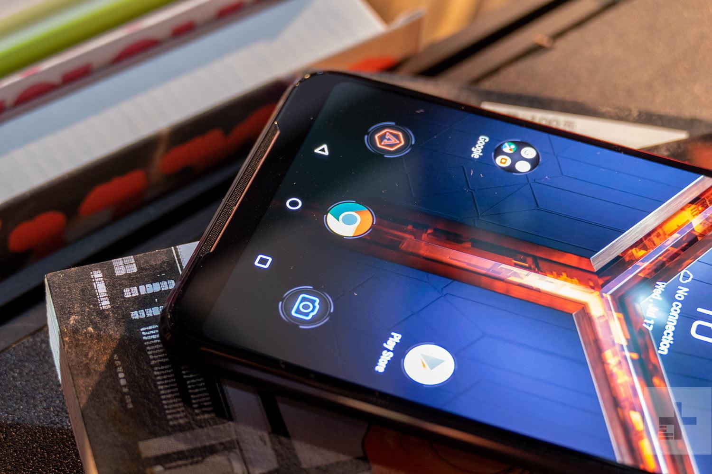 Смартфон оснащен чипом Snapdragon 855 Plus