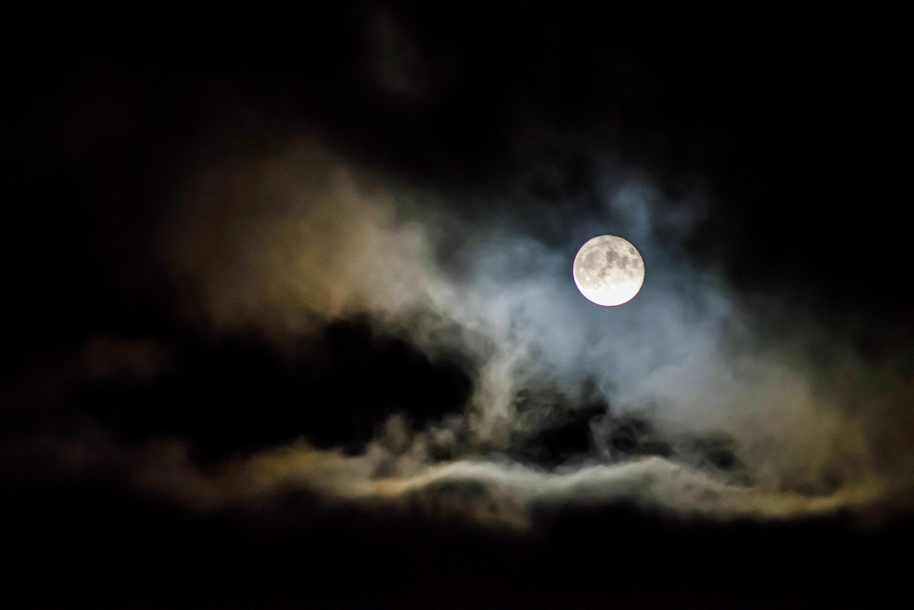Місячний календар на вересень 2019 – фази місяця, молодик і повний місяць, сприятливі дні