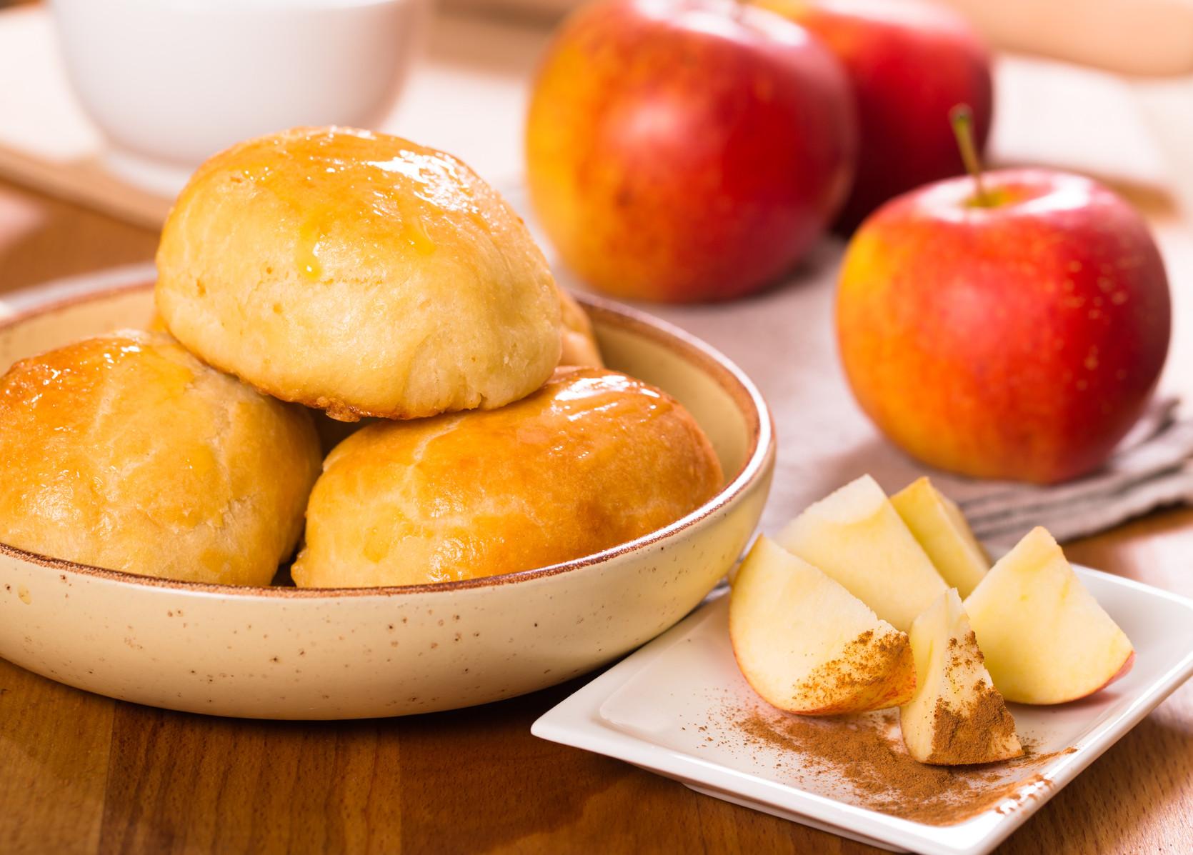Яблучний Спас 2019: три рецепти смачних пиріжків з яблуками