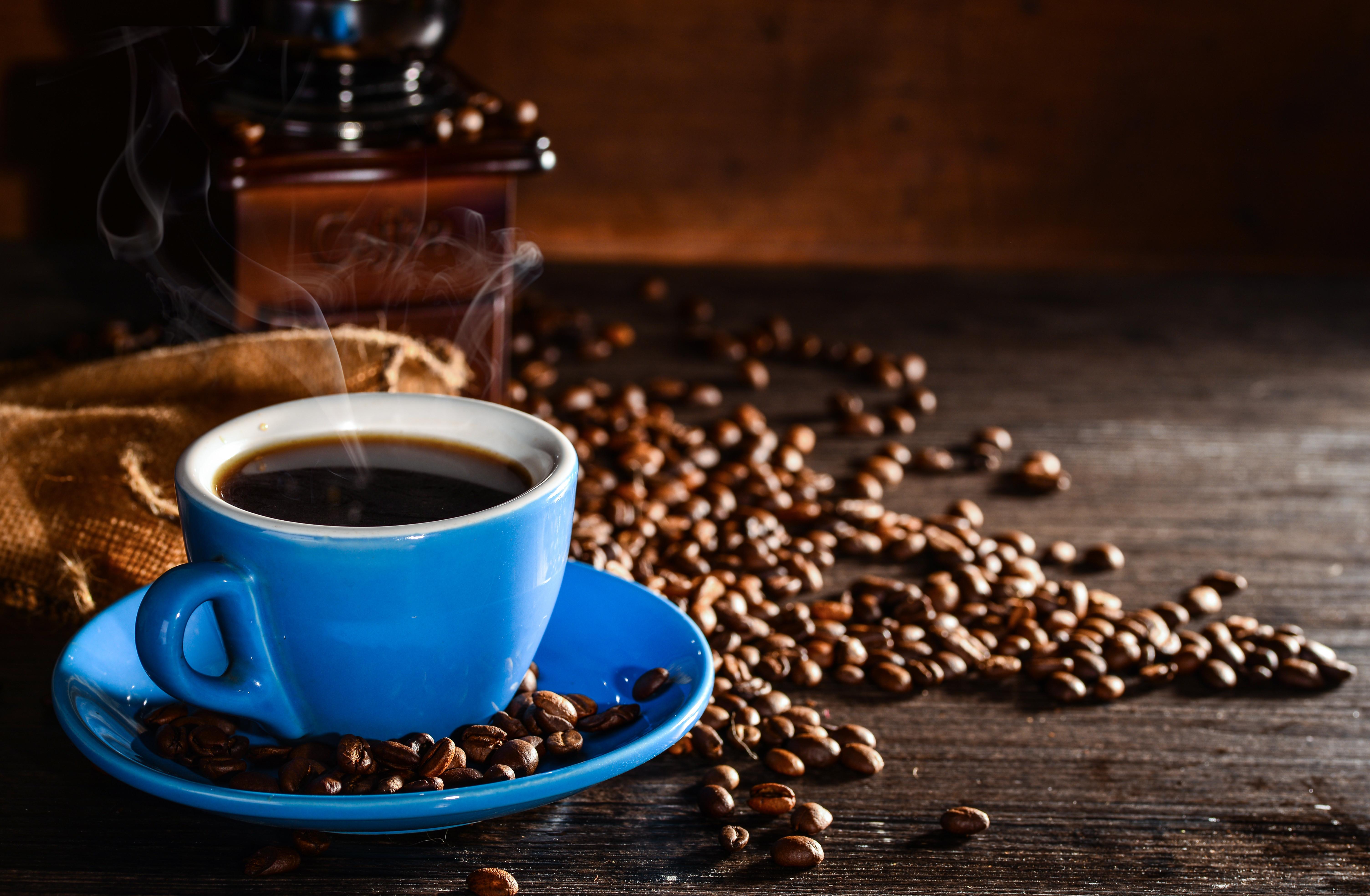 Желательно пить натуральный кофе