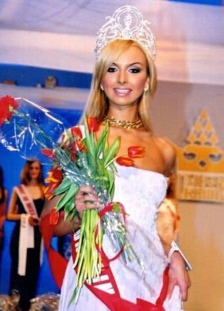Илона Яковлева