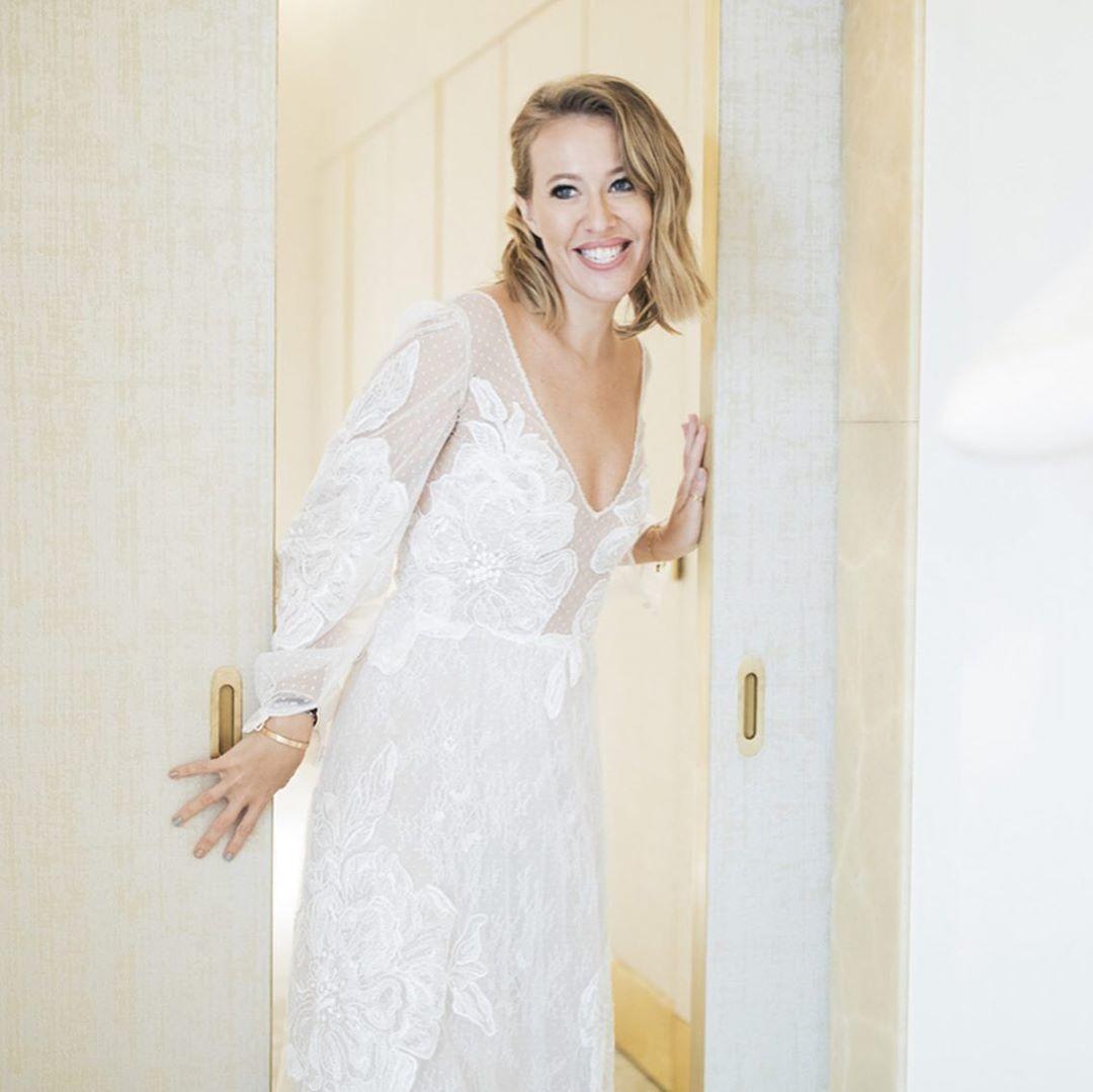 свадьба собчак фото альмандин считается