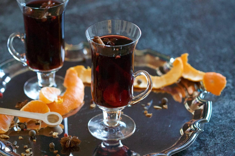 Виноградный глинтвейн с фруктами