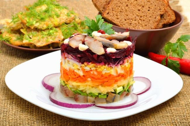 Овощи для салата следует остудить