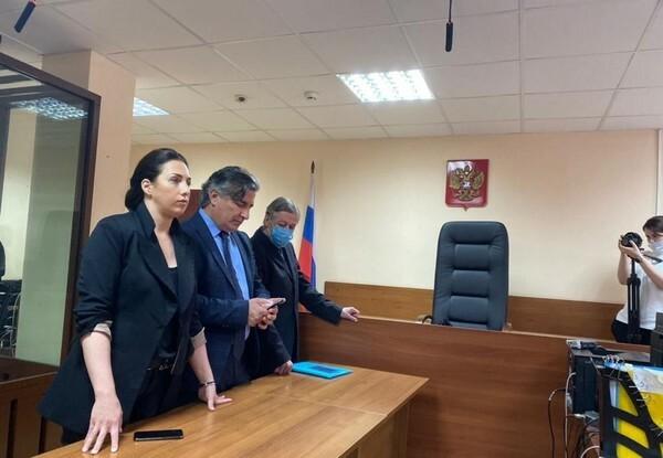 Михаил Ефремов попросил суд смягчить его восьмилетний приговор