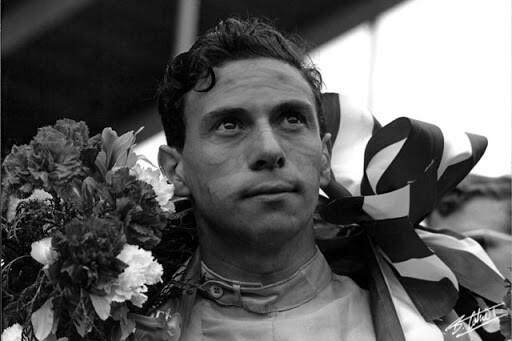 """Трагедия Шумахера, похищение Фанхио, """"секс и Гитлер"""" Хилла: что случилось с чемпионами Формулы-1"""