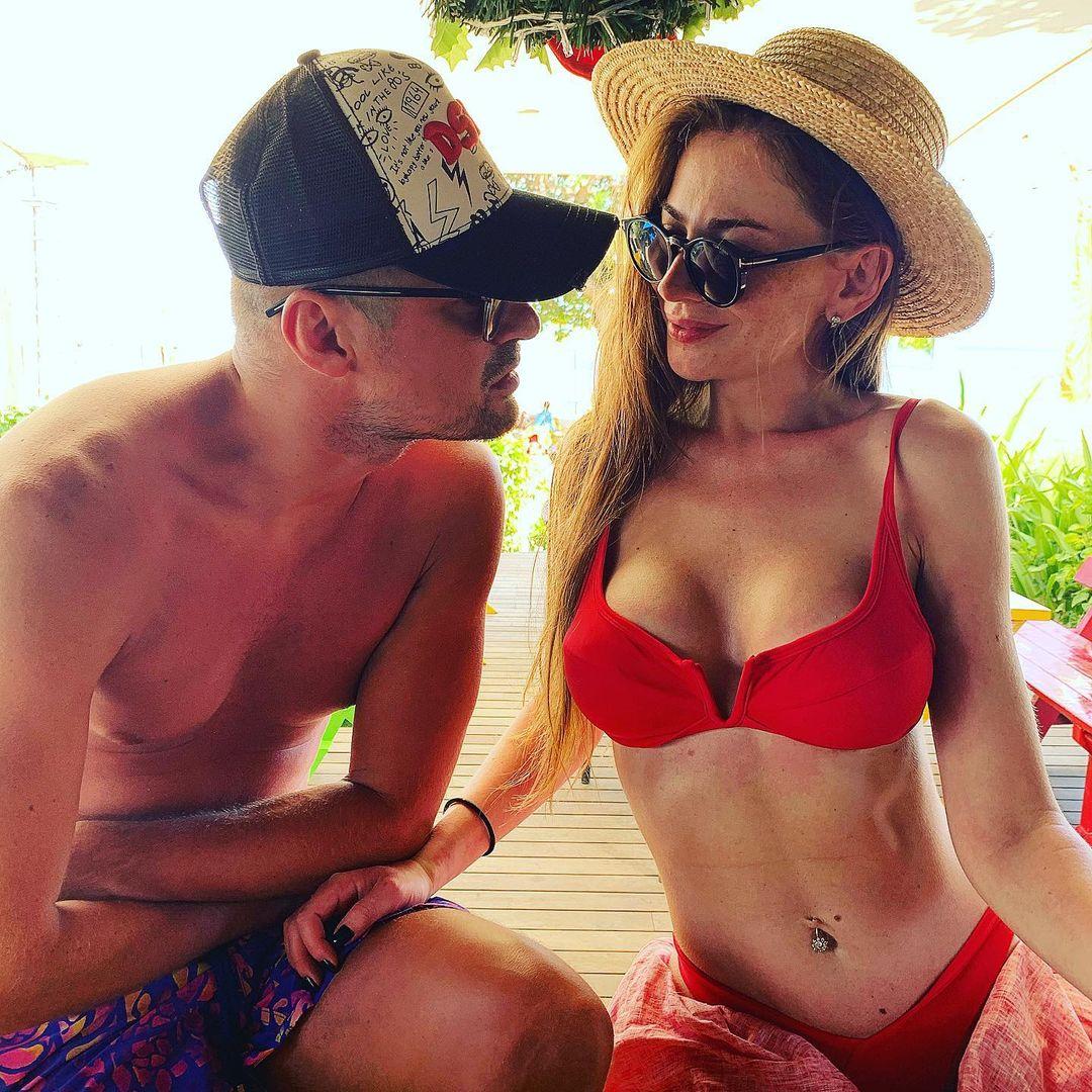 Милевский принялся ударно лайкать фото своей бывшей. А у нее – любовь с Вано
