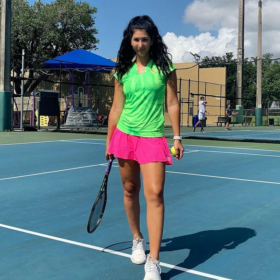 Эротичное белье свело с ума фанатов: пикантные фото теннисистки