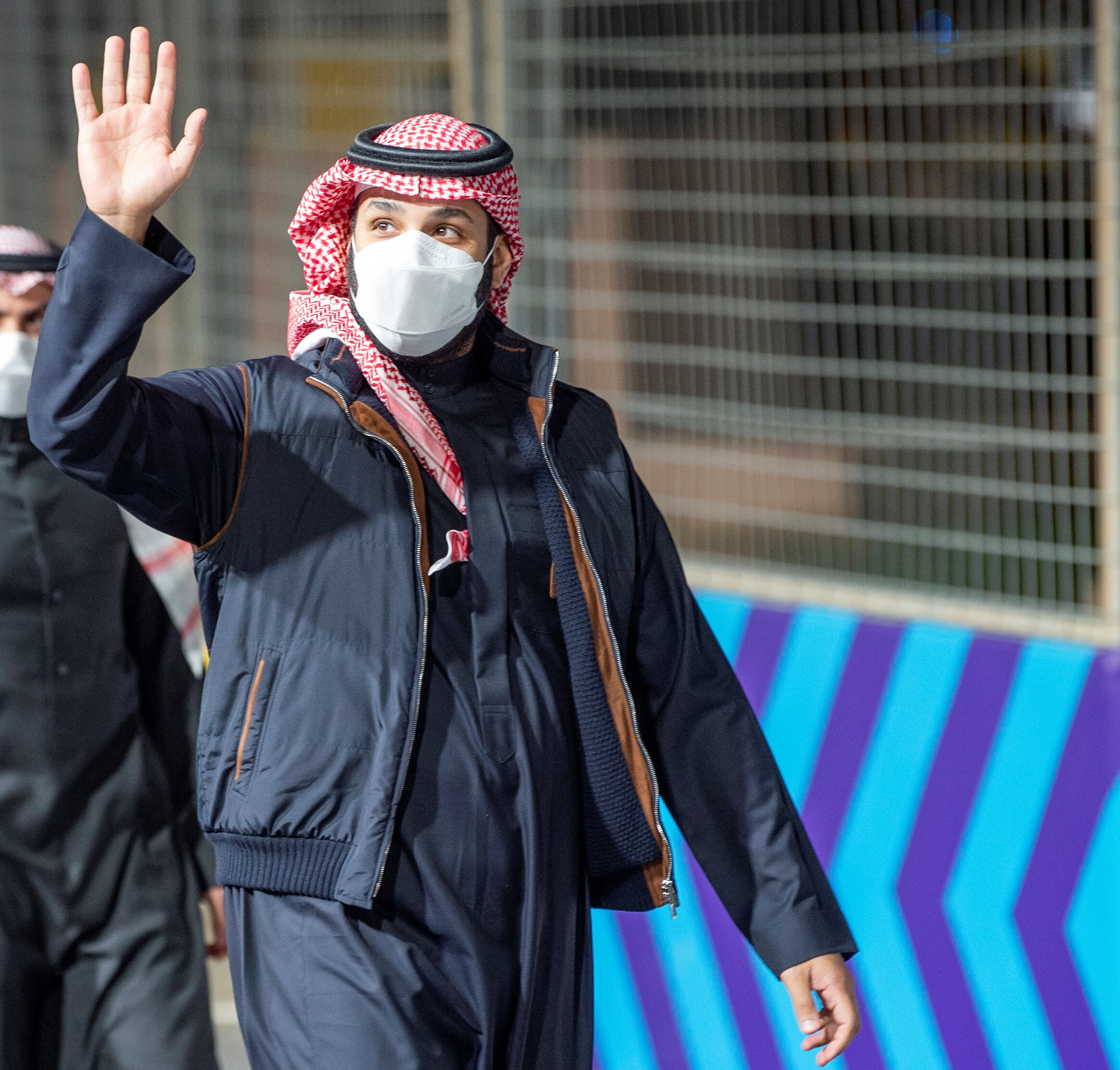 Гонка Формулы-Е в Саудовской Аравии подверглась ракетному удару. Целились в наследного принца