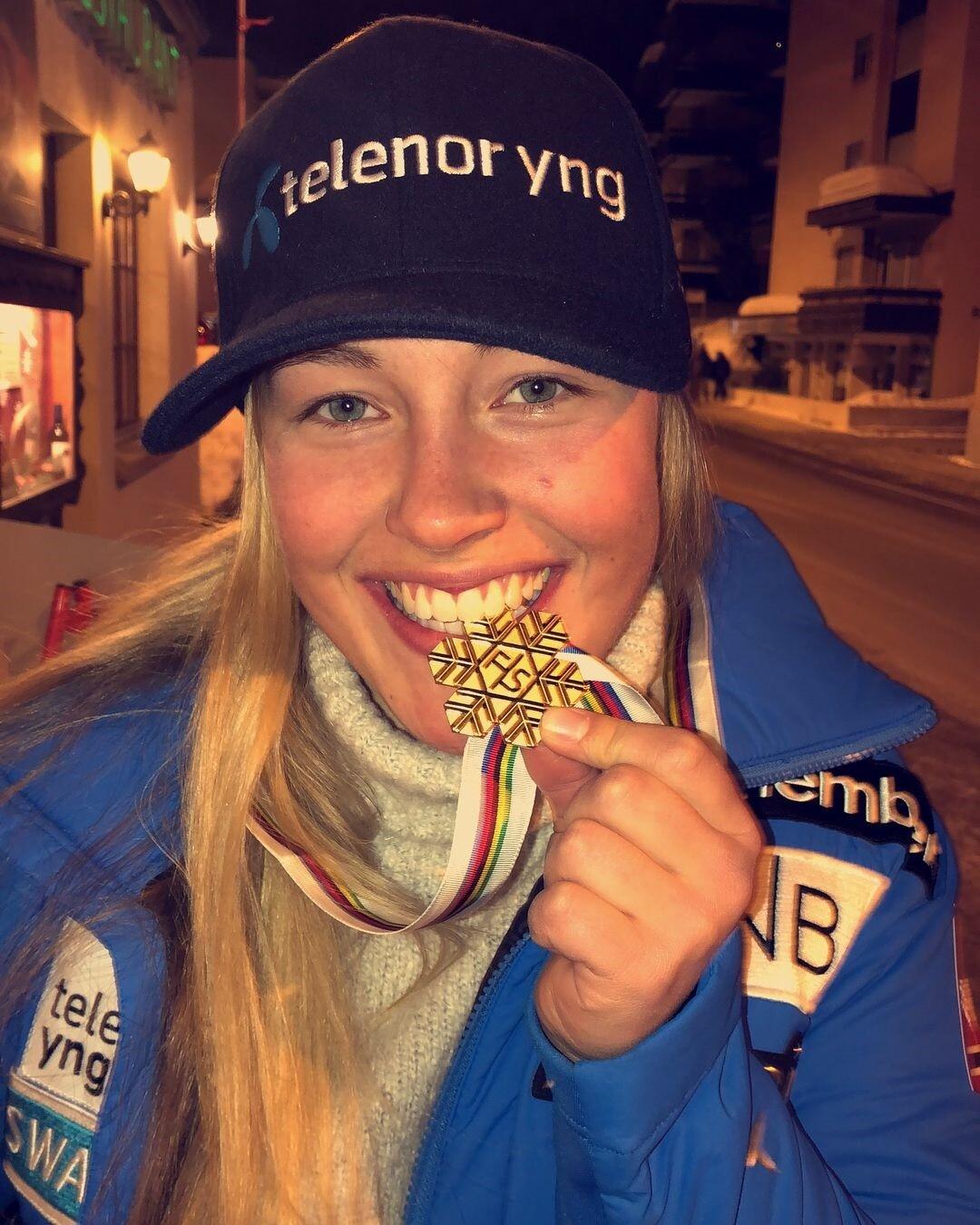Зверский аппетит после жуткого падения: красотка из Норвегии перенесла операцию