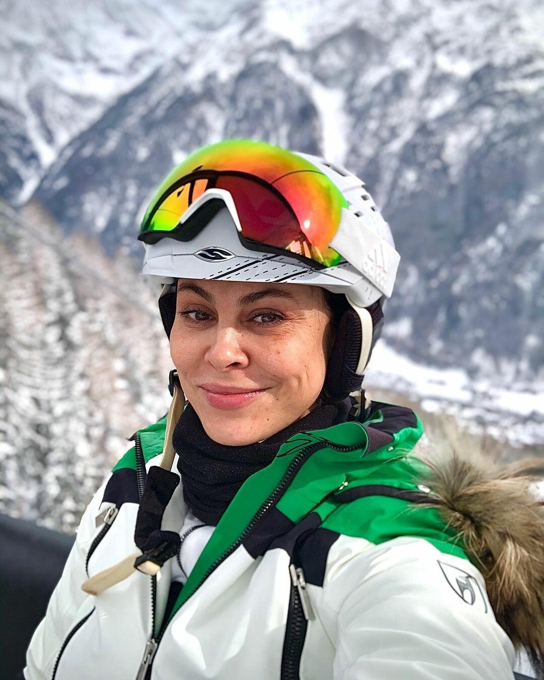Наталья Кличко в соблазнительной позе. Первое фото жены мэра Киева в  47 лет