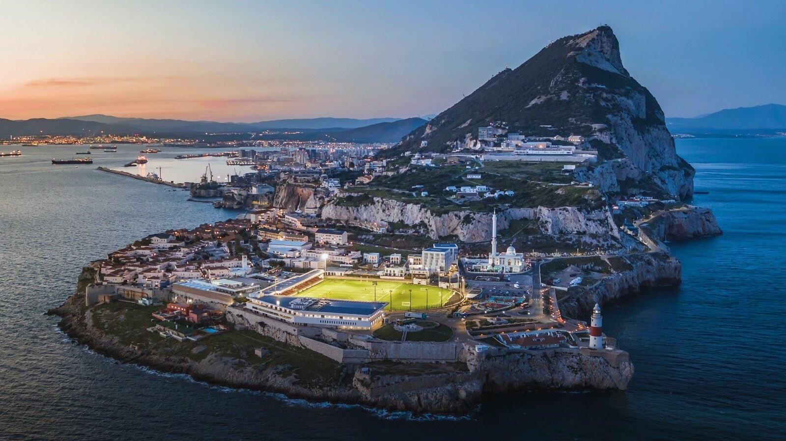 """Поветкин – Уайт: онлайн боя-реванша """"на скале"""" в Гибралтаре"""