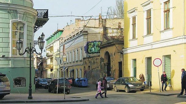 Воронцовский переулок. В популярном закоулке хотят отреставрировать фасады 10 домов. Фото: panoramio.com