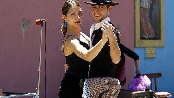 Танці корисні для фігури. Фото: pixabay