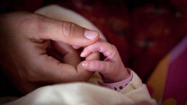 Дівчинка померла в лікарні. Фото: AFP