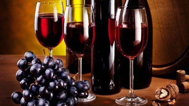 Чем полезно красное вино и сколько его можно пить - Регулярное употребление  вина в разумных дозах хорошо влияет на здоровье | СЕГОДНЯ