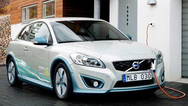 Volvo переходит на производство электрокаров. Фото: autotesla.ru