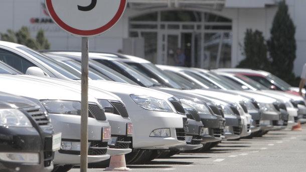 Клиенты, которые боятся покупать машину с иностранными номерами, поступают верно