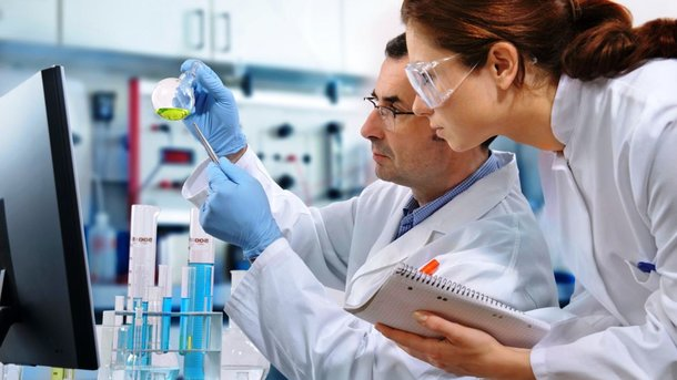 Ученые. Фото: spletnik.ru