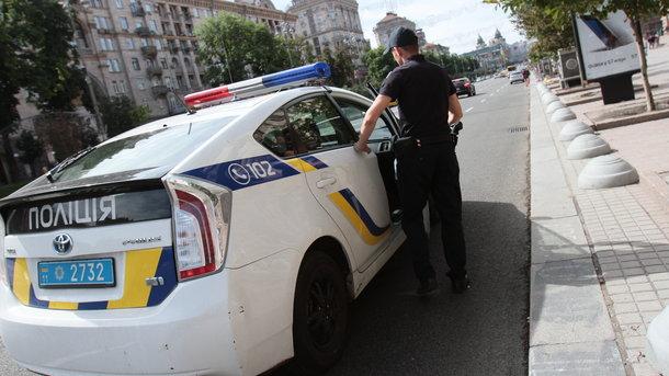 Внимательный продавец обнаружил кражу и догнал парня, после чего вызвал полицию