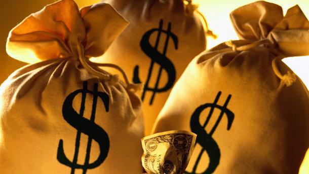 Украина должна за четыре года заплатить 20 млрд долларов. Фото: архив