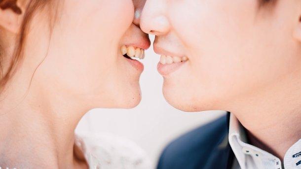 Поцелуй может быть опасным. Фото: pixabay.com