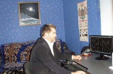 В обсерватории. Комнату, в которой Юрий в Андрушевке ночует, он стилизовал под небо. Фото из архива астронома.