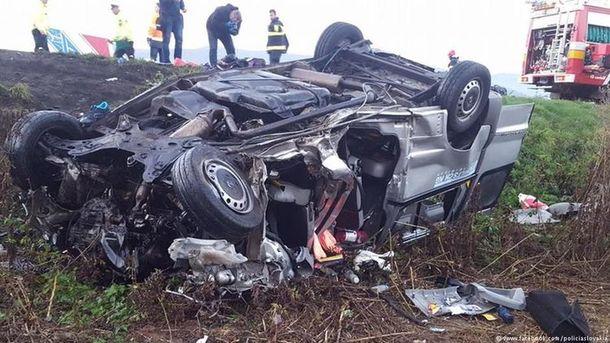 ДТП могла статися через те, що водій заснув. Фото: facebook.com/policiaslovakial
